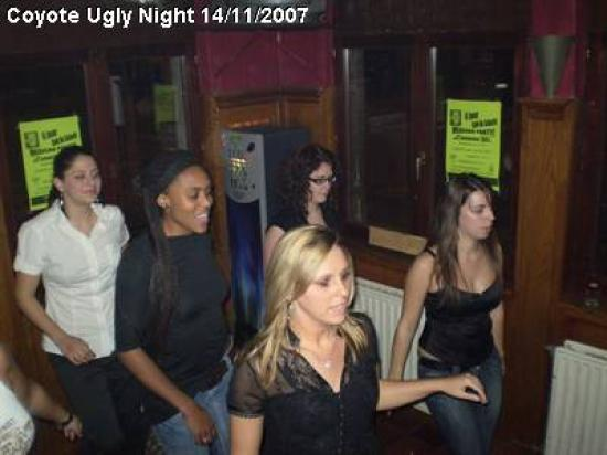 coyote-ugly-night_13