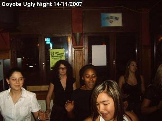 coyote-ugly-night_67