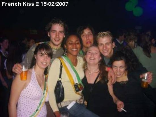 french-kiss-2_11